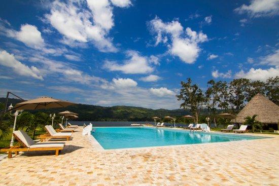 Bella terra laguna azul resort spa desde s 550 sauce for Piscina sauces 6