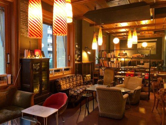 Le petit salon - Bild von Cafe de Grancy, Lausanne - TripAdvisor