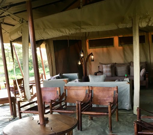 Olakira Camp, Asilia Africa: The mess tent.