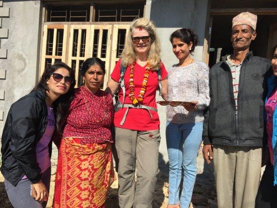 Balthali, Nepal: mit Familie