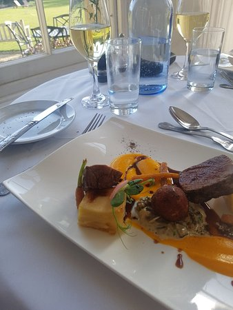 Weston on the Green, UK: Amazing meal today for my mum's 70th birthday