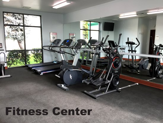 Rogue Regency Inn: Fitness Center