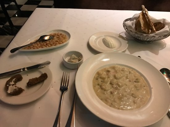 Joe Muer Seafood: Boston Clam Chowder