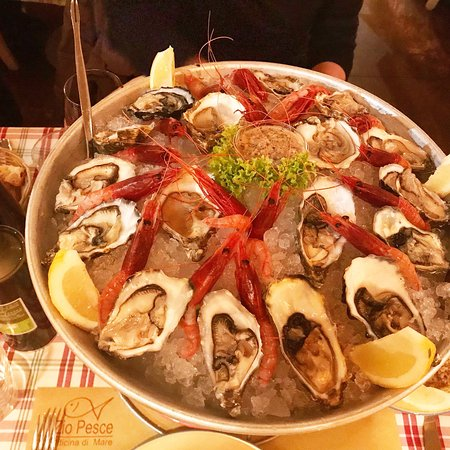 Ristorante zio pesce in milano con cucina altre cucine for Enoteca con cucina di pesce milano