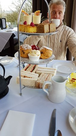 Upton St Leonards, UK: Afternoon tea