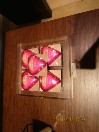 Fran's Chocolates: Valentine hearts