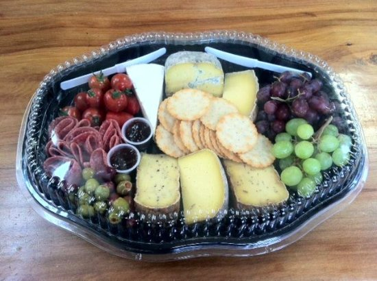 Richmond, Νέα Ζηλανδία: Delicious Platters ready to enjoy instore or take away