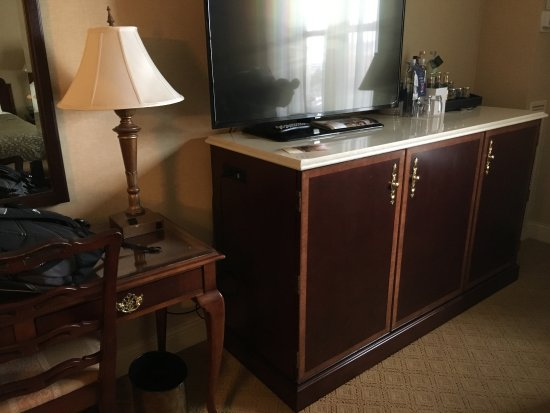 The Saint Paul Hotel: Desk and TV.
