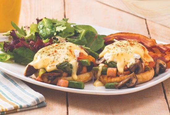 The Egg & I Restaurant: Hiker's Benedict