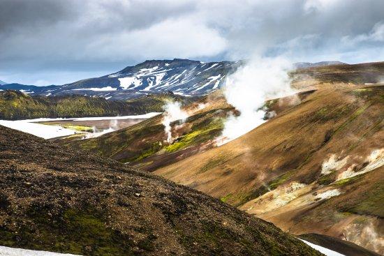 Landmannalaugar, Iceland: Montañas humeantes