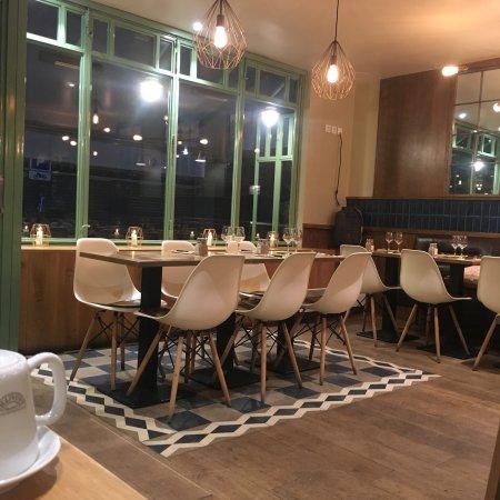 la favorita trattoria italiana paris montmartre restaurant reviews phone number photos. Black Bedroom Furniture Sets. Home Design Ideas