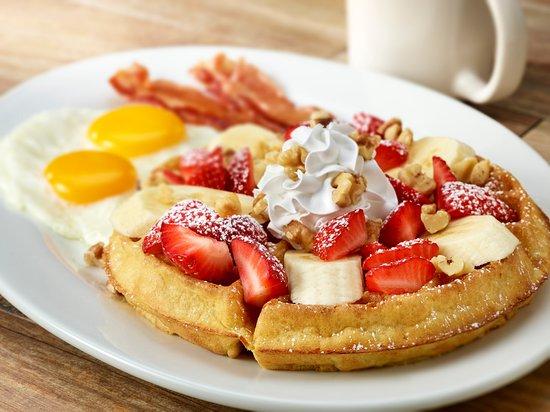 O'Fallon, IL: Strawberry Banana Waffle