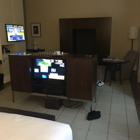Hotel Lindrum Melbourne - MGallery Collection: Photos of the room.
