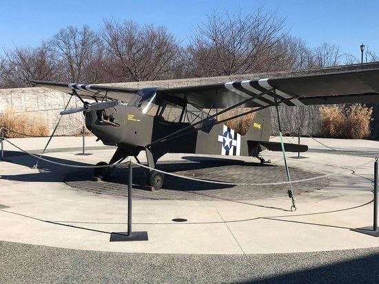 Bedford, VA: Plane