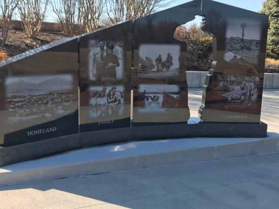 Bedford, VA: Memorial