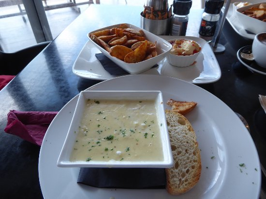 Opua, New Zealand: Delicious Seafood Chowder
