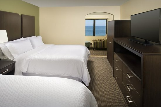 Four Points by Sheraton Virginia Beach Oceanfront: Guest room