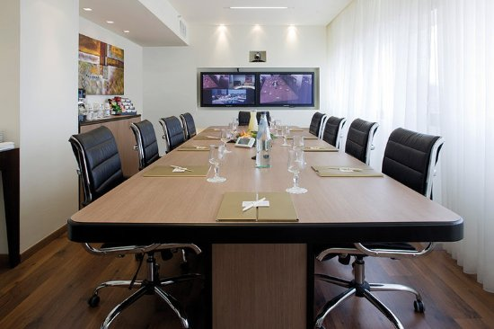 Kfar Maccabiah Hotel & Suites: Meeting room