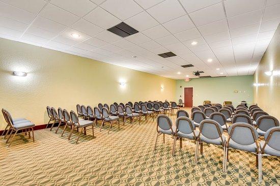 Econo Lodge Busch Gardens: Meeting room