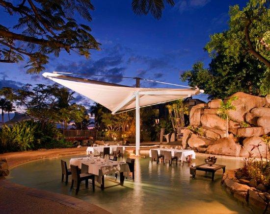 Radisson Blu Resort Fiji Denarau Island: Restaurant