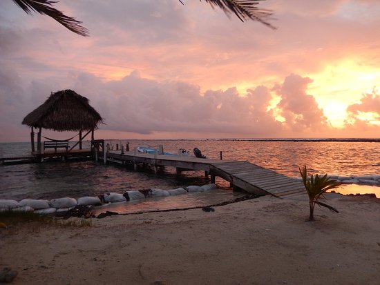 Glovers Reef Atoll, Belice: Sunrise at Glover's