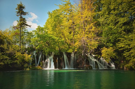 Full-Day Private Plitvice Lakes...