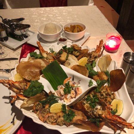Ngala Lodge Restaurant: photo0.jpg