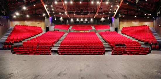 Merignac, Francia: Le Pin Galant, salle de spectacle (1 408 places)