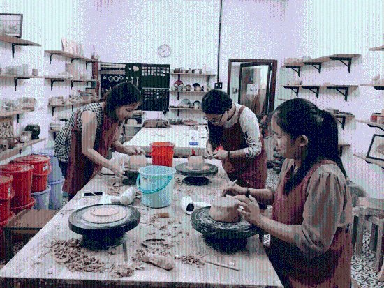 Meow Pottery Workshop