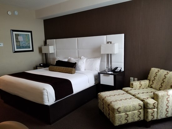 Best Western Premier Miami International Airport Hotel & Suites: la chambre