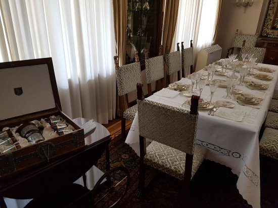 Eetkamer - Picture of Ceausescu Mansion, Bucharest - TripAdvisor