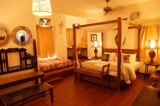 Sriperumbudur, Indien: Suit Room - Hotel Villa Highnest Oragadam