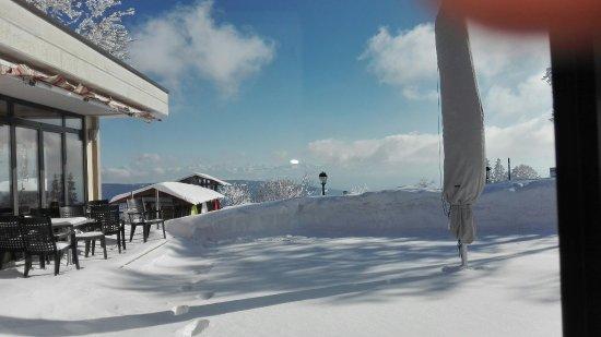La Vue des Alpes, Suíça: IMG_20180213_141108_large.jpg