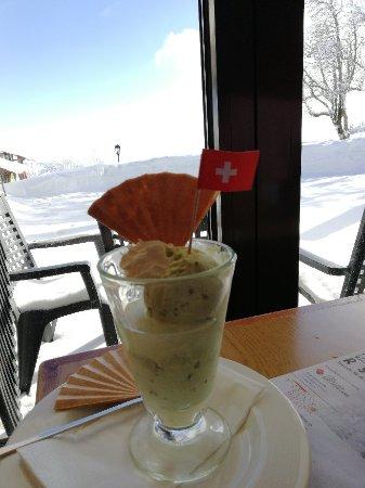 La Vue des Alpes, Suíça: TA_IMG_20180213_141730_large.jpg