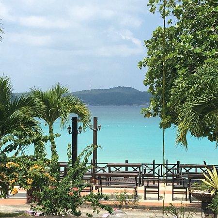 Coral View Island Resort: photo2.jpg