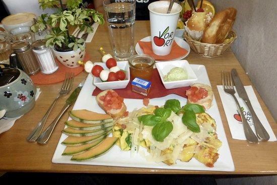 Neuried, Germany: Geburtstagsfrühstück