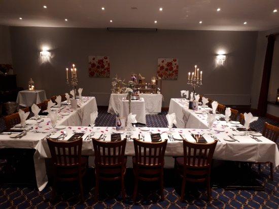 Mitchelstown, Irlanda: Dining setting for 20 people.