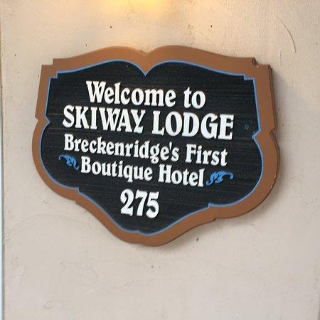 Skiway Lodge: photo1.jpg