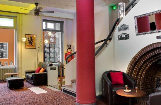 Hôtel du Midi : CHEMINEE ANNEES 1930