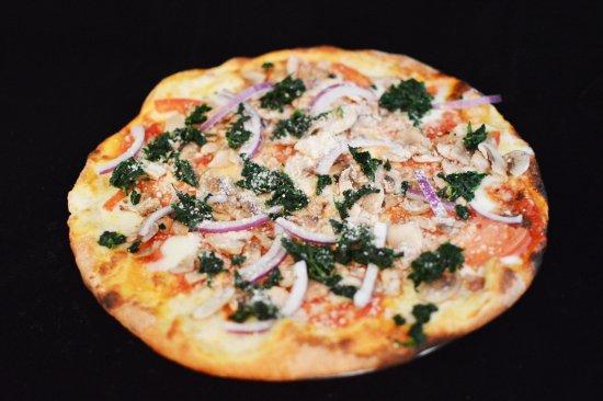 Lawrenceburg, Индиана: Specialty Veggie Pizza
