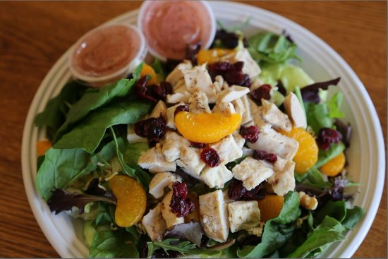 Kewanee, IL: Fresh green salads with house-made dressings and your favorite toppings.