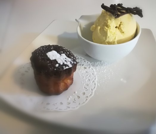 """Exemple de dessert du jour, Cannelé """"Fait maison"""""""