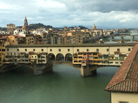 Hotel Lungarno: Ponte Vecchio from our room