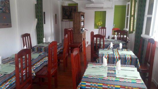 cuisine traditionnelle - Picture of Le Kwi Vert chez Aicha, Fort-de ...