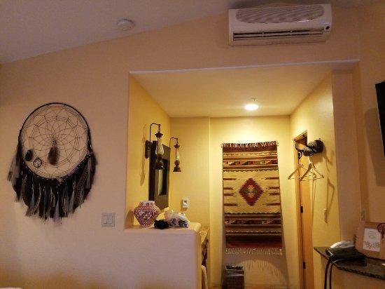 The Suites at Sedona B&B: 20180213_081815_large.jpg