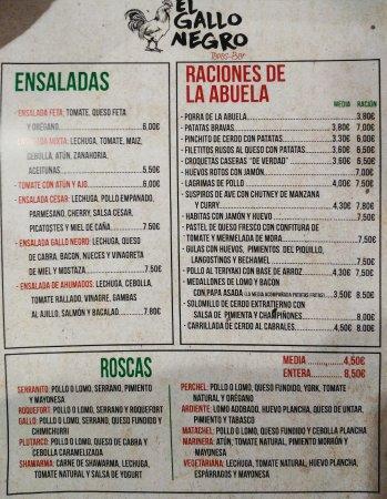 Restaurante el gallo negro en m laga con cocina tapas for Cocinas malaga precios
