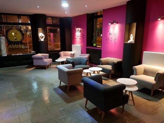 Seven Bar Lounge & Shisha