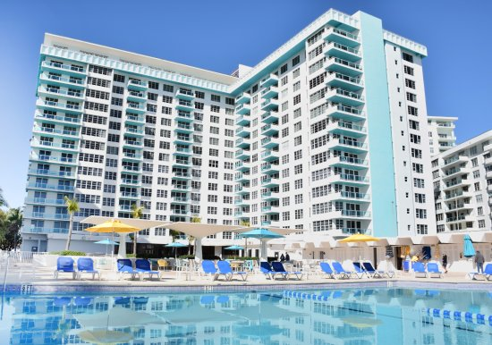 Seacoast Suites Hotel 114 3 0 6