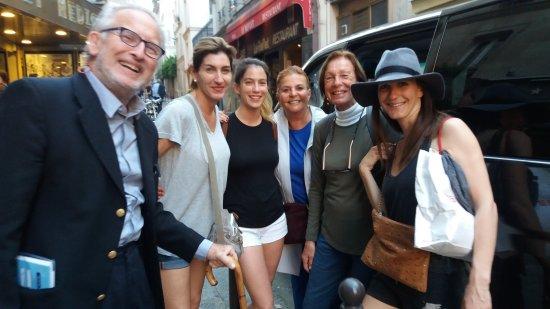 Hotel Central Saint Germain: AFUERA DE HOTEL