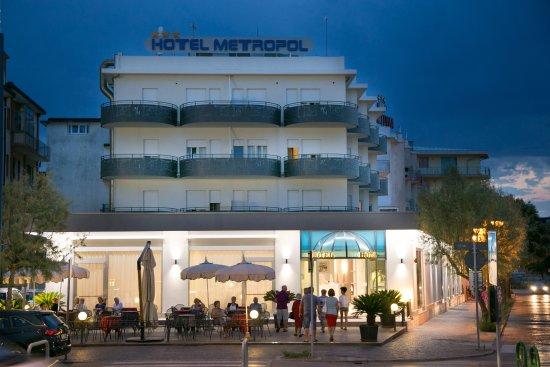 hotel metropol sottomarina italie voir les tarifs et avis h tel tripadvisor. Black Bedroom Furniture Sets. Home Design Ideas
